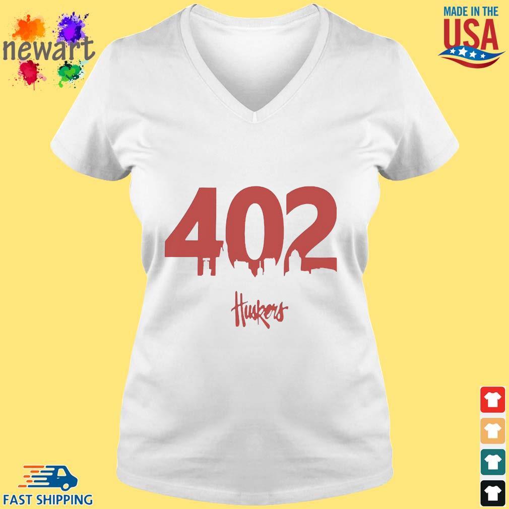 402 Husker Hounds Shirt vneck trang