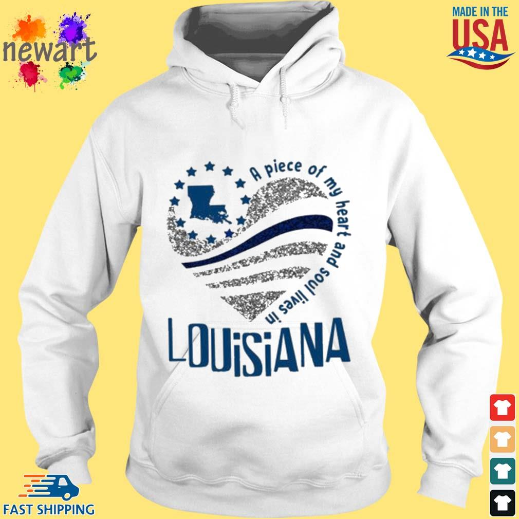 A Piece Of My Heart And Soul Lives In Louisiana Blue Flag Shirt hoodie trang