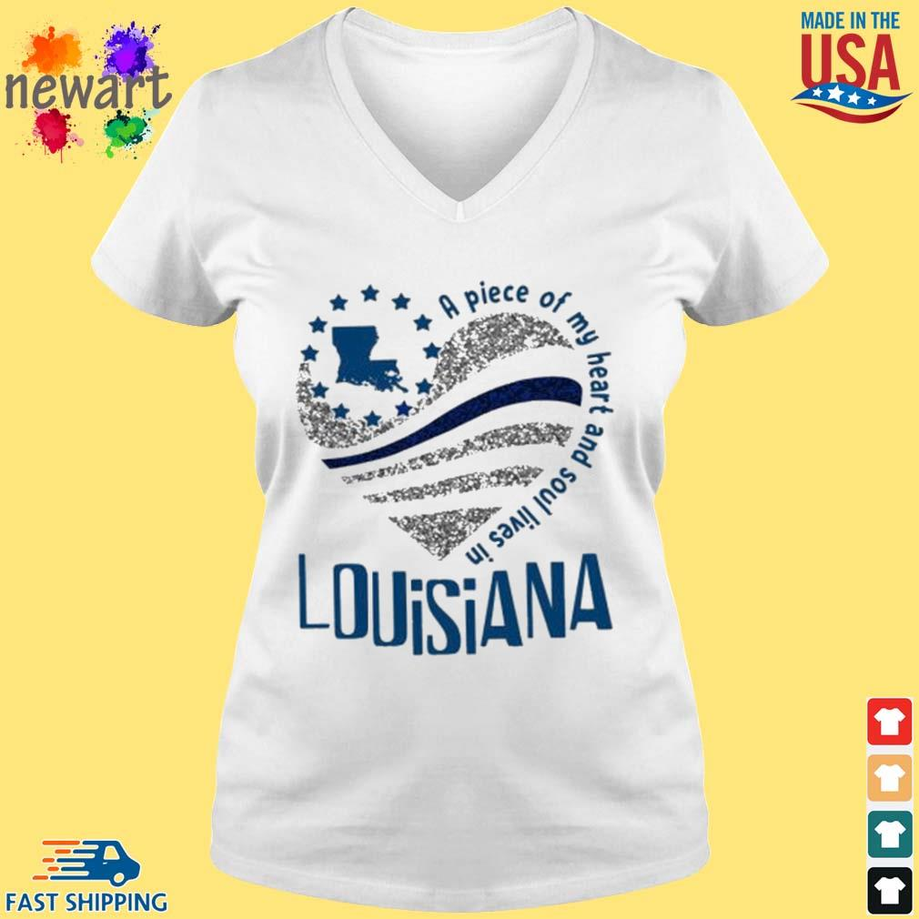 A Piece Of My Heart And Soul Lives In Louisiana Blue Flag Shirt vneck trang