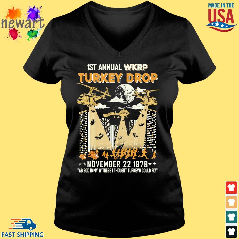 1st annual Wkrp Turkey drop november 22 1978 as god My witness I thought Turkeys could fly s Vneck den